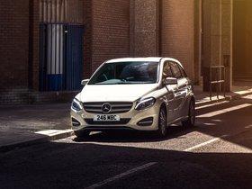 Ver foto 2 de Mercedes Clase B 220 CDI 4Matic Sport W242 UK  2014