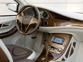 Ver foto 9 de Mercedes BlueZero E-Cell Plus Concept 2009