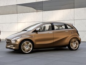 Ver foto 7 de Mercedes BlueZero E-Cell Plus Concept 2009
