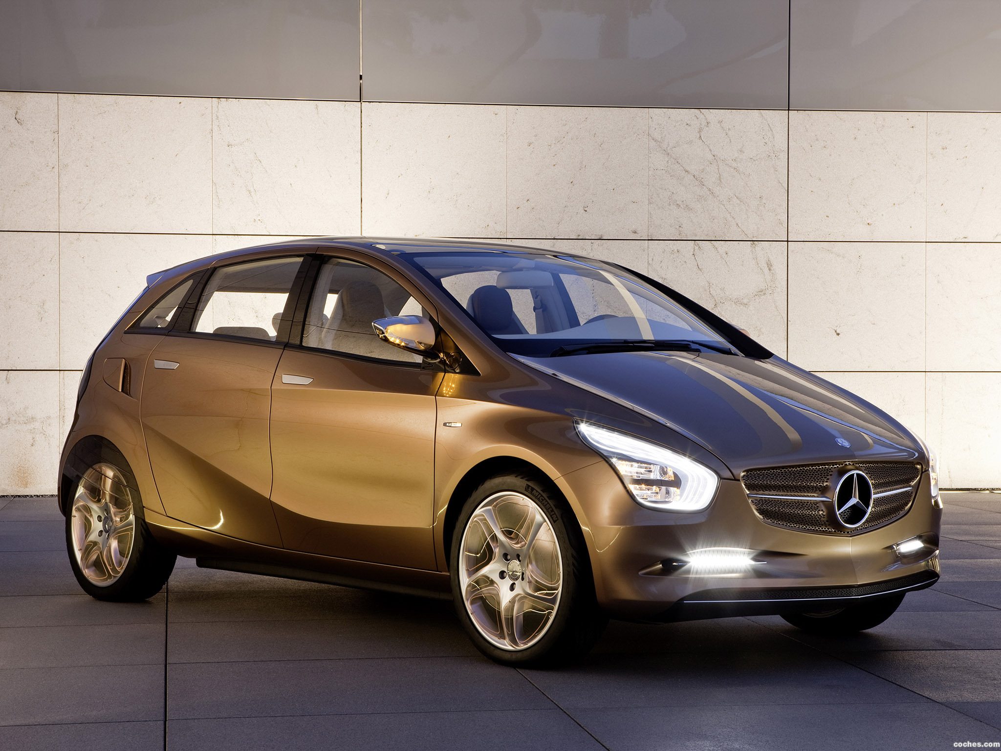 Foto 0 de Mercedes BlueZero E-Cell Plus Concept 2009