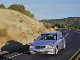 Ver foto 31 de Mercedes Clase C W203 2000