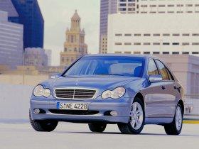 Ver foto 29 de Mercedes Clase C W203 2000
