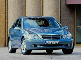 Ver foto 24 de Mercedes Clase C W203 2000