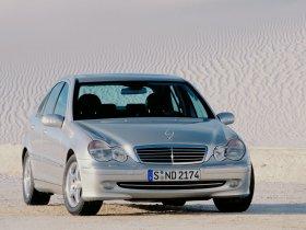 Ver foto 22 de Mercedes Clase C W203 2000