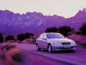 Ver foto 9 de Mercedes Clase C W203 2000