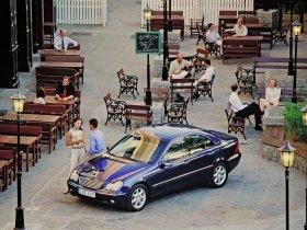 Ver foto 8 de Mercedes Clase C W203 2000