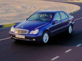 Ver foto 6 de Mercedes Clase C W203 2000