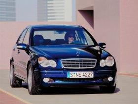 Ver foto 5 de Mercedes Clase C W203 2000