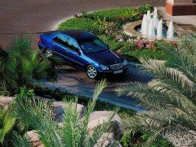 Ver foto 3 de Mercedes Clase C W203 2000