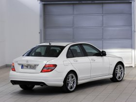 Ver foto 3 de Mercedes Clase C Avantgarde 2007