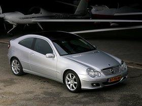 Ver foto 3 de Mercedes Clase C C180 Kompressor Sportcoupe C203 2005