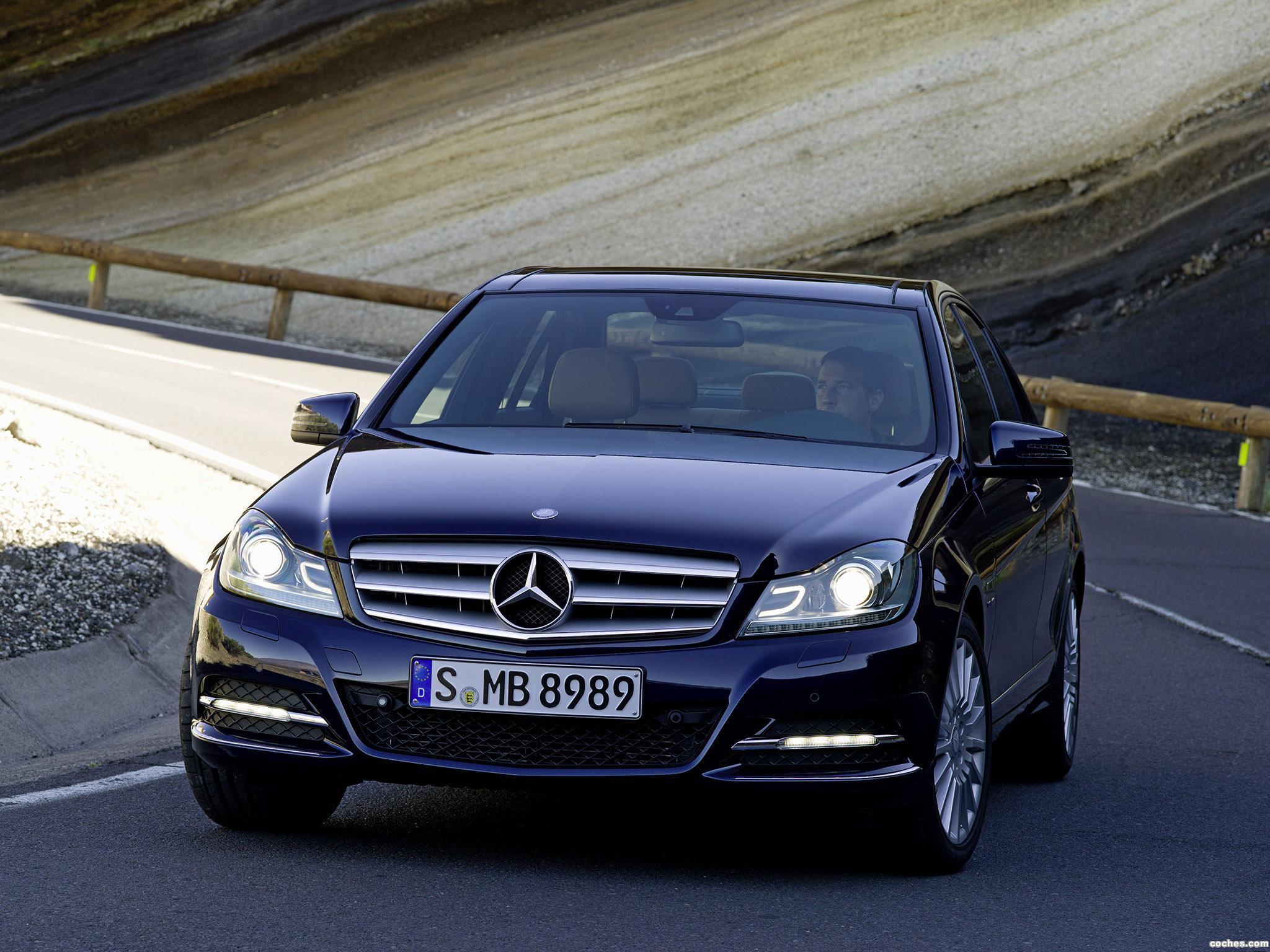 Foto 0 de Mercedes Clase C C250 CDI Sedan 2011