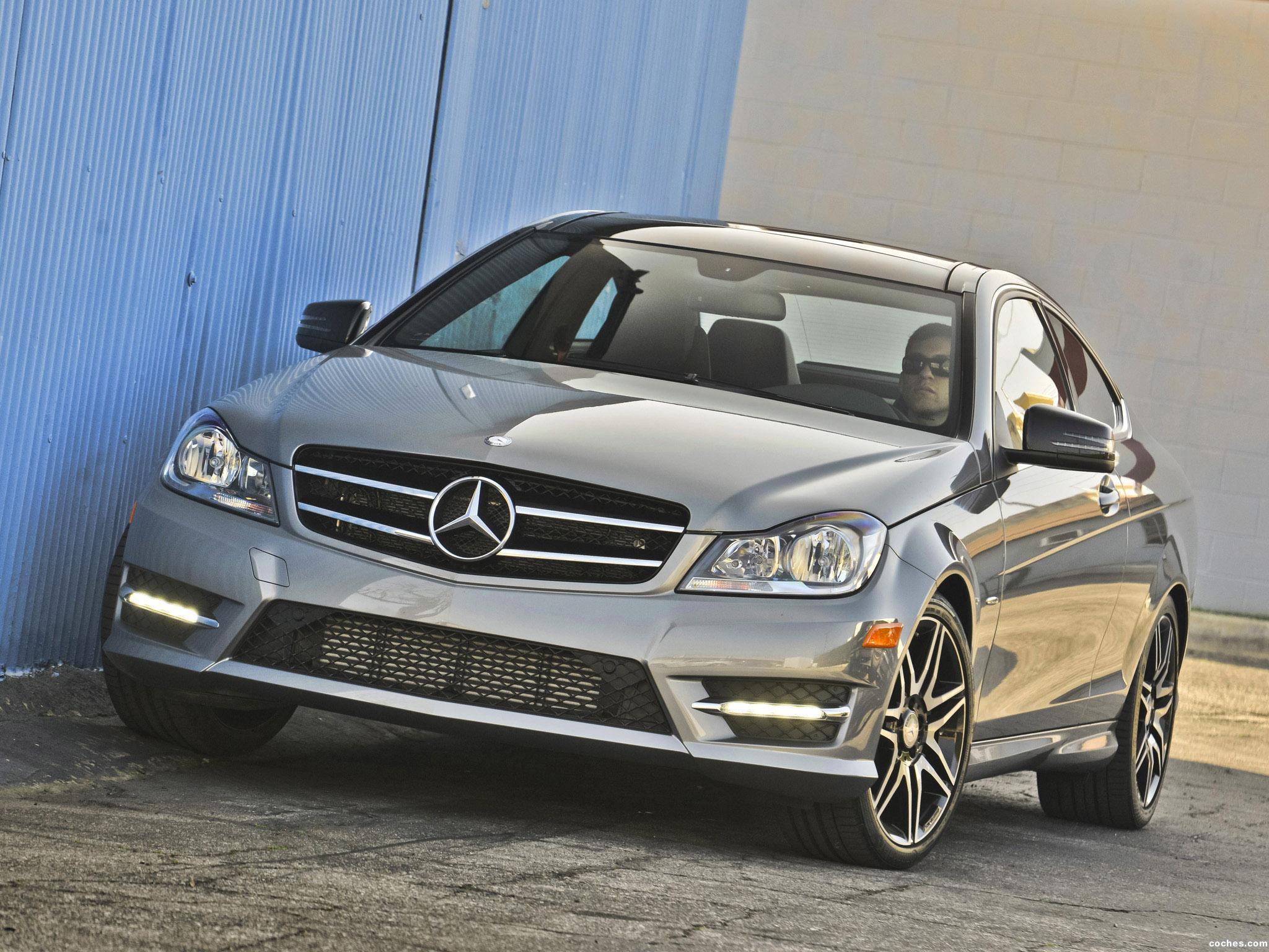 Foto 0 de Mercedes Clase C Coupe C250 C204 USA 2012