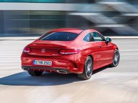 Ver foto 10 de Mercedes Clase C C250 D 4MATIC Coupe AMG Line C205 2015