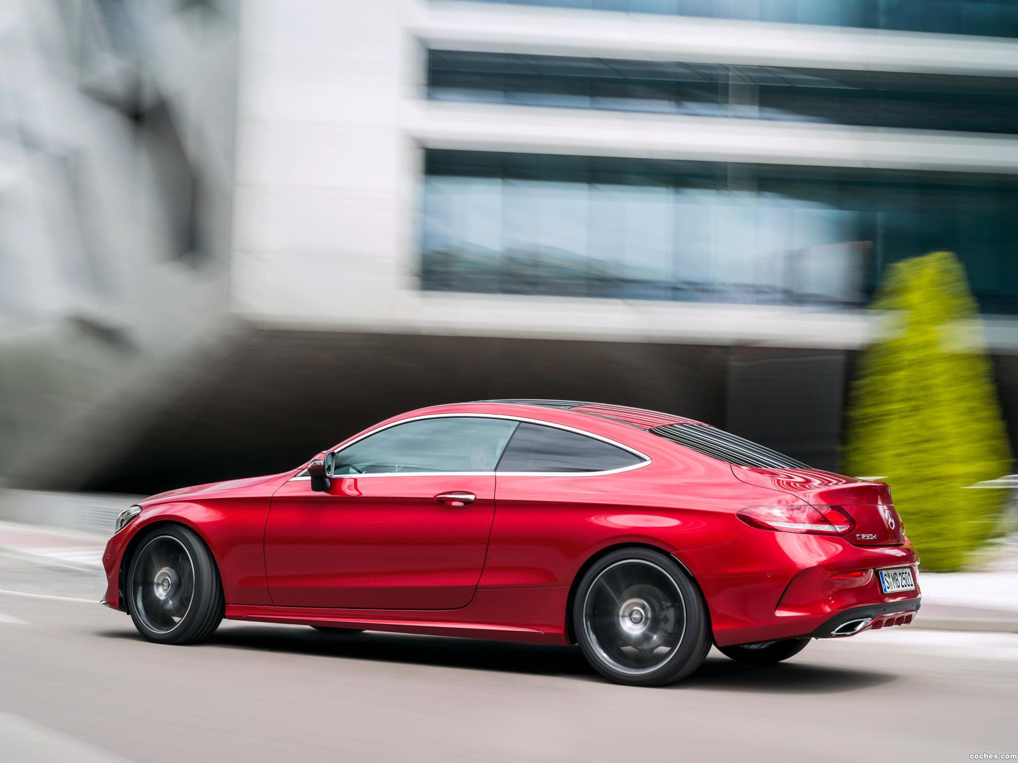 Foto 5 de Mercedes Clase C C250 D 4MATIC Coupe AMG Line C205 2015