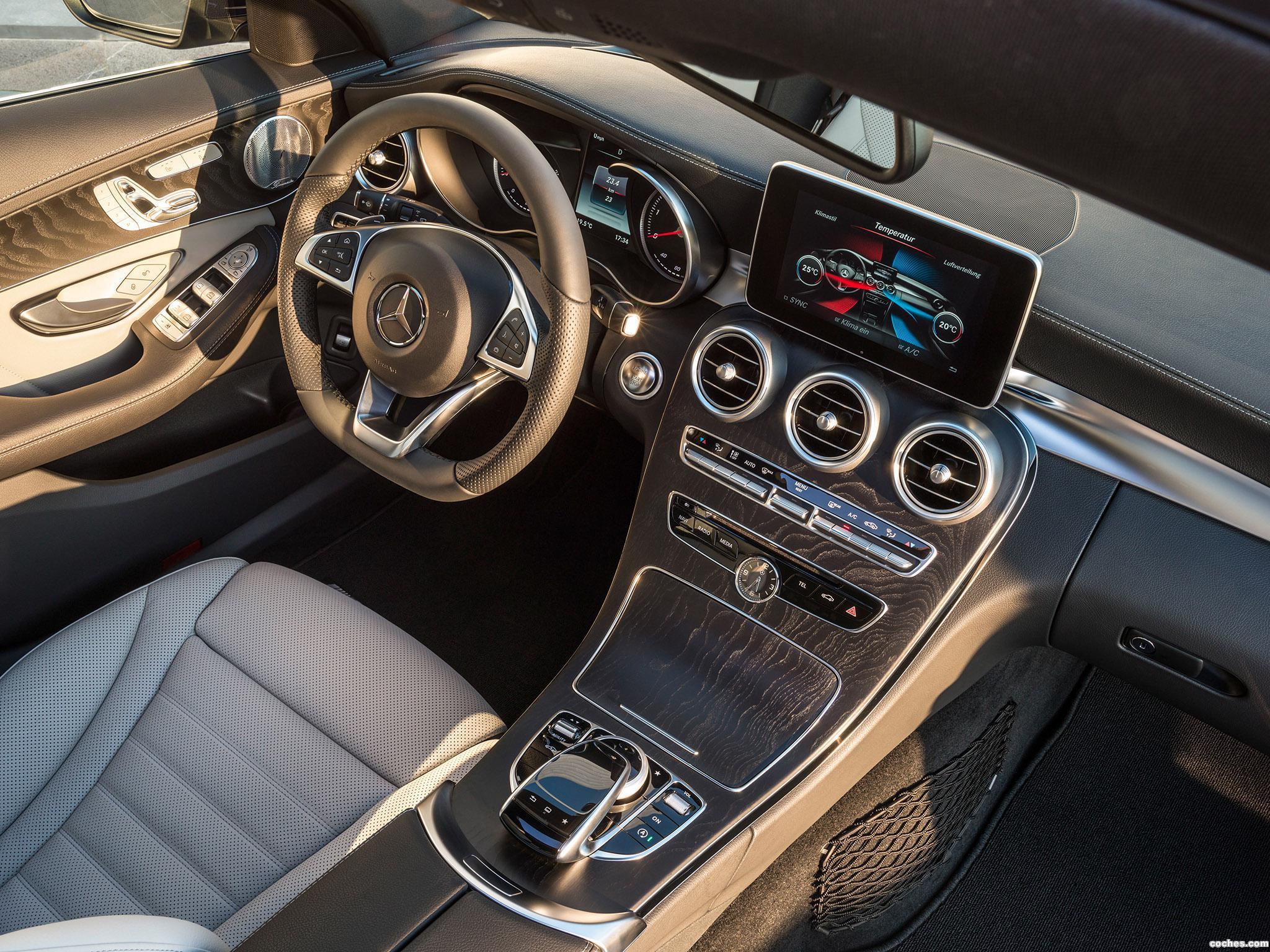 Foto 18 de Mercedes Clase C Estate C250 Bluetec AMG Line Estate S205 2014
