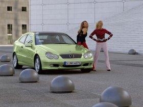 Ver foto 16 de Mercedes Clase C Sportcoupe 2001