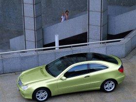 Ver foto 14 de Mercedes Clase C Sportcoupe 2001