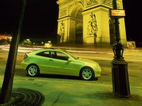 Ver foto 4 de Mercedes Clase C Sportcoupe 2001