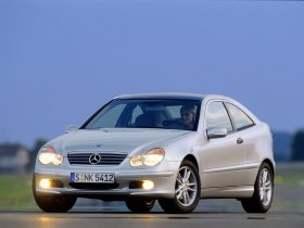 Ver foto 24 de Mercedes Clase C Sportcoupe 2001