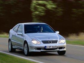 Ver foto 20 de Mercedes Clase C Sportcoupe 2001