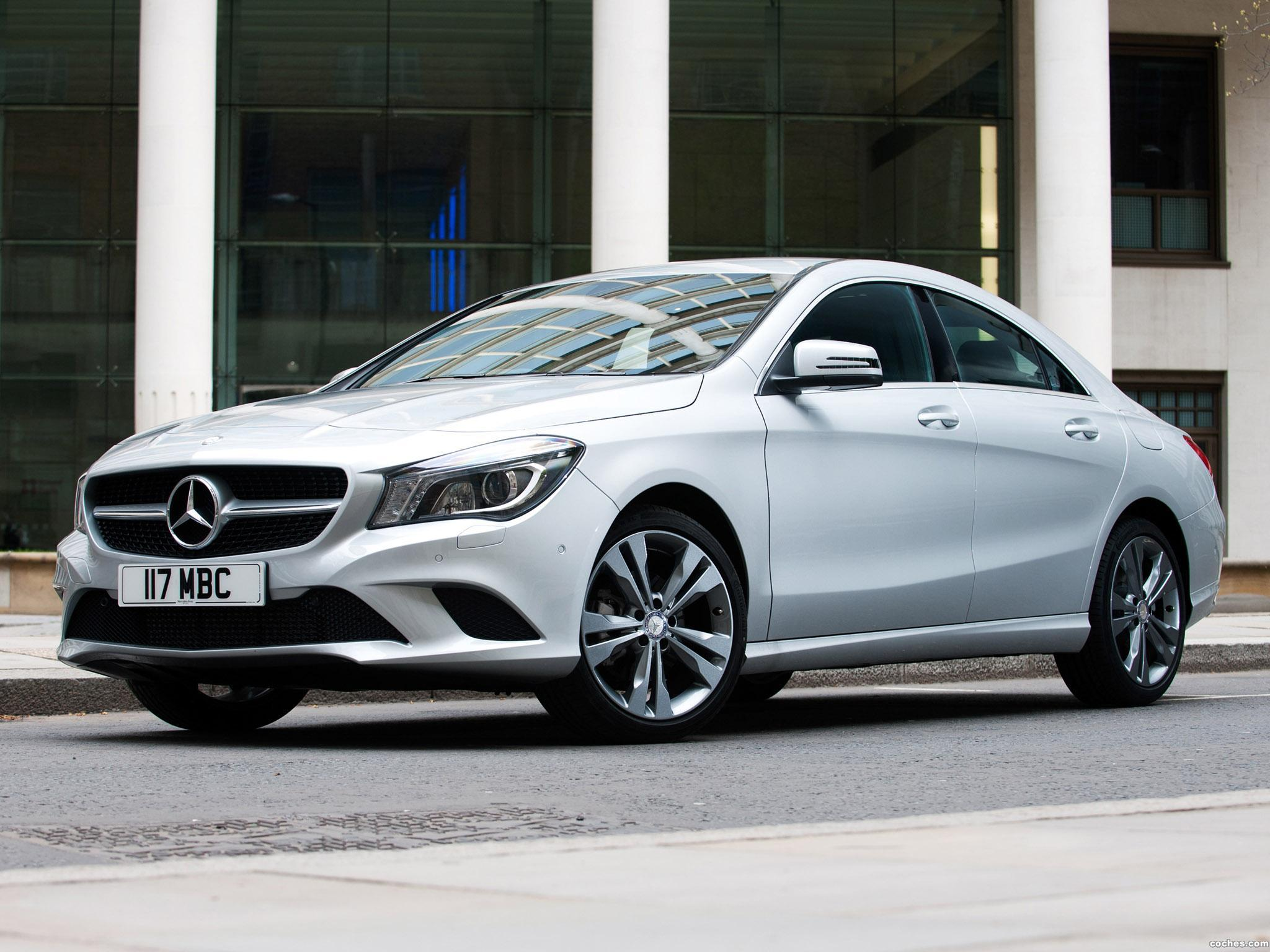 Foto 1 de Mercedes Clase CLA 220 AMG Sport Package UK 2013
