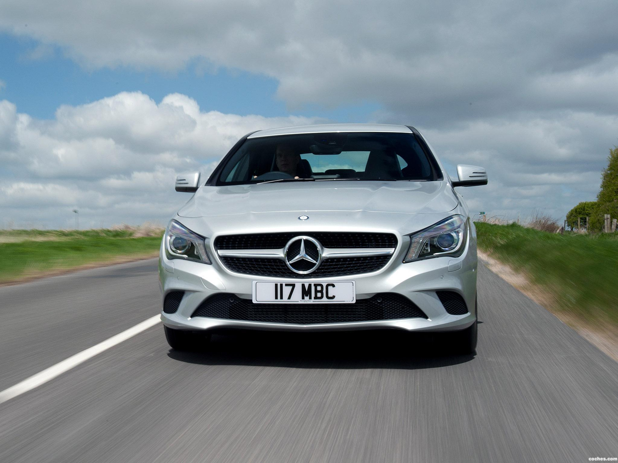 Foto 6 de Mercedes Clase CLA 220 AMG Sport Package UK 2013