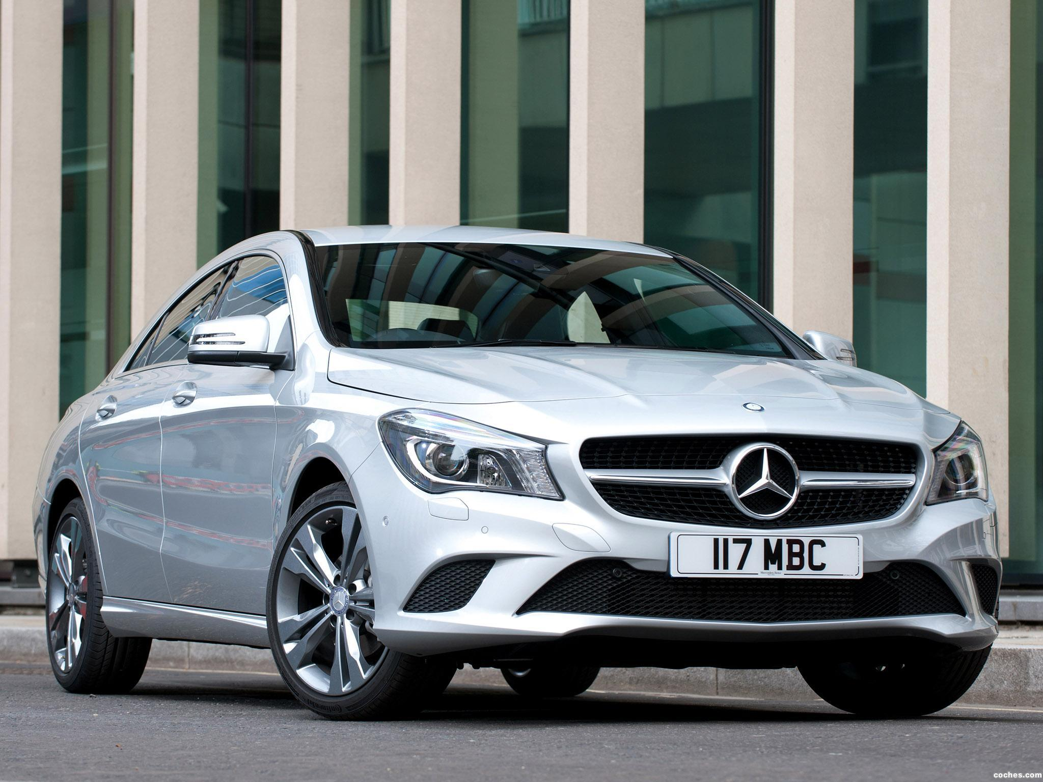 Foto 4 de Mercedes Clase CLA 220 AMG Sport Package UK 2013