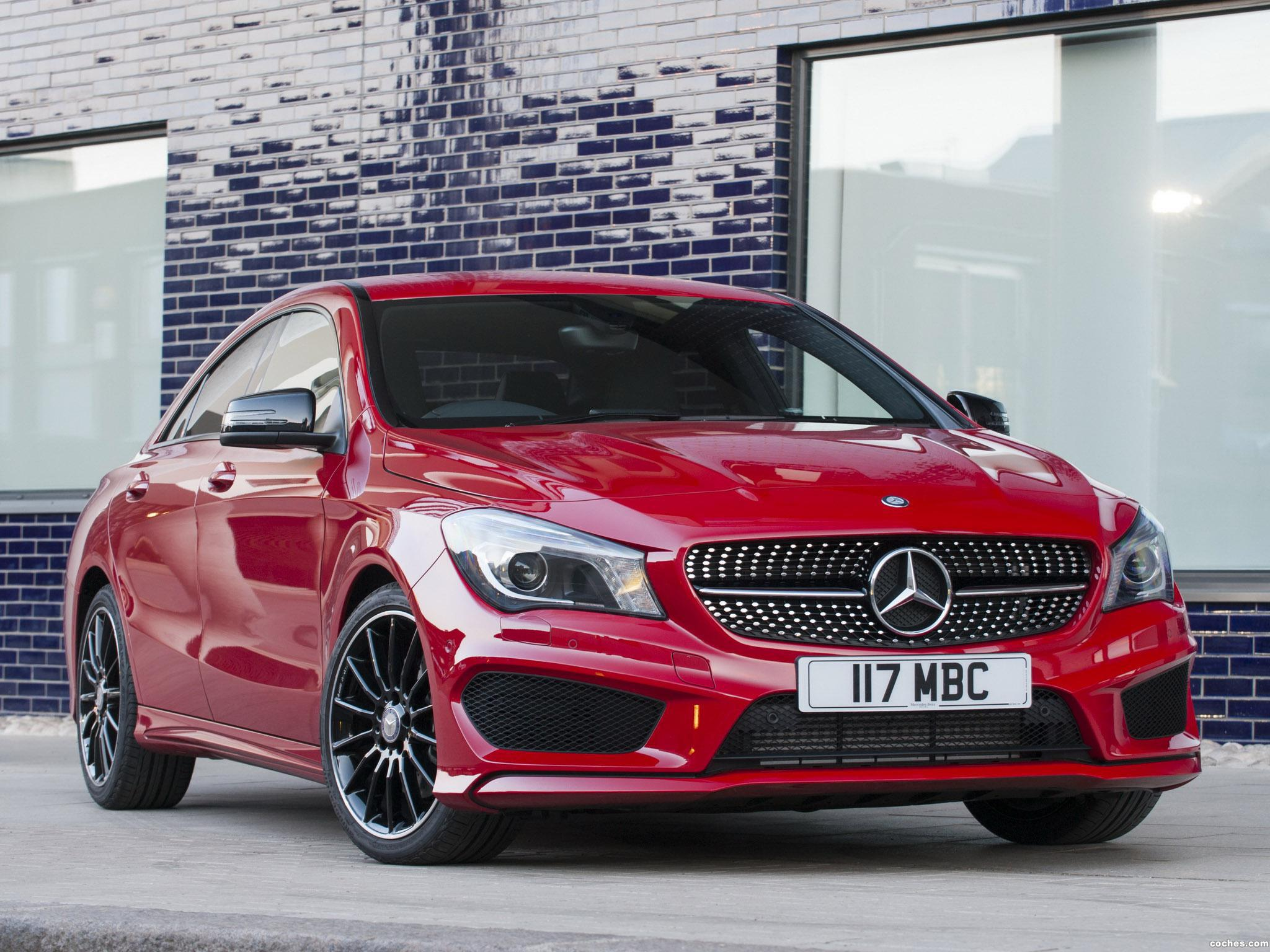 Foto 7 de Mercedes Clase CLA 220 CDI AMG Sports Package C117 UK 2013