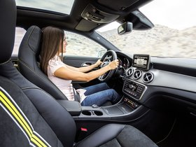 Ver foto 25 de Mercedes Clase CLA 250 AMG Sports Package Edition 1 C117 2013