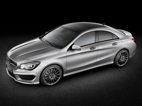 Ver foto 4 de Mercedes Clase CLA 250 AMG Sports Package Edition 1 C117 2013