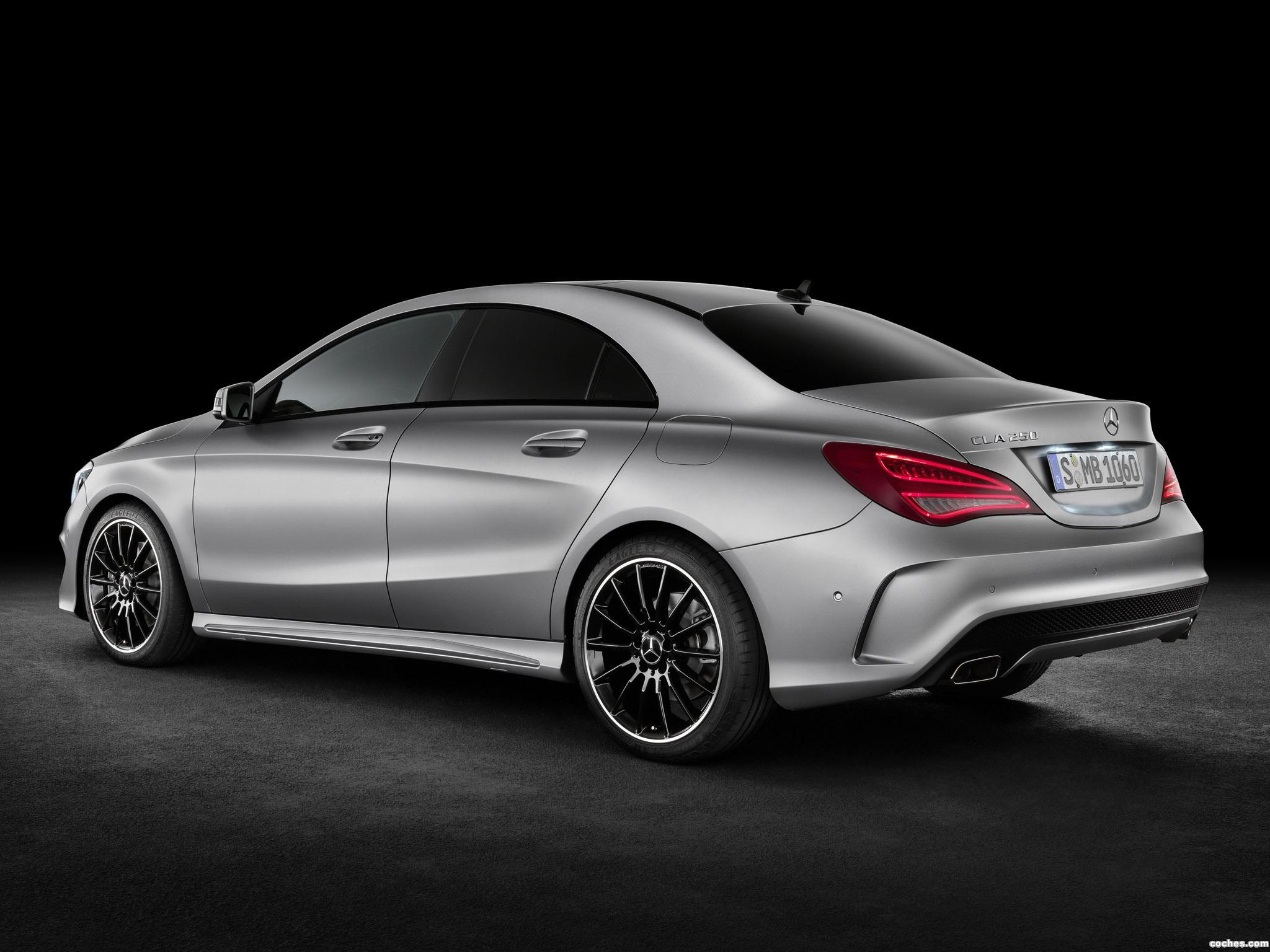 Foto 5 de Mercedes Clase CLA 250 AMG Sports Package Edition 1 C117 2013