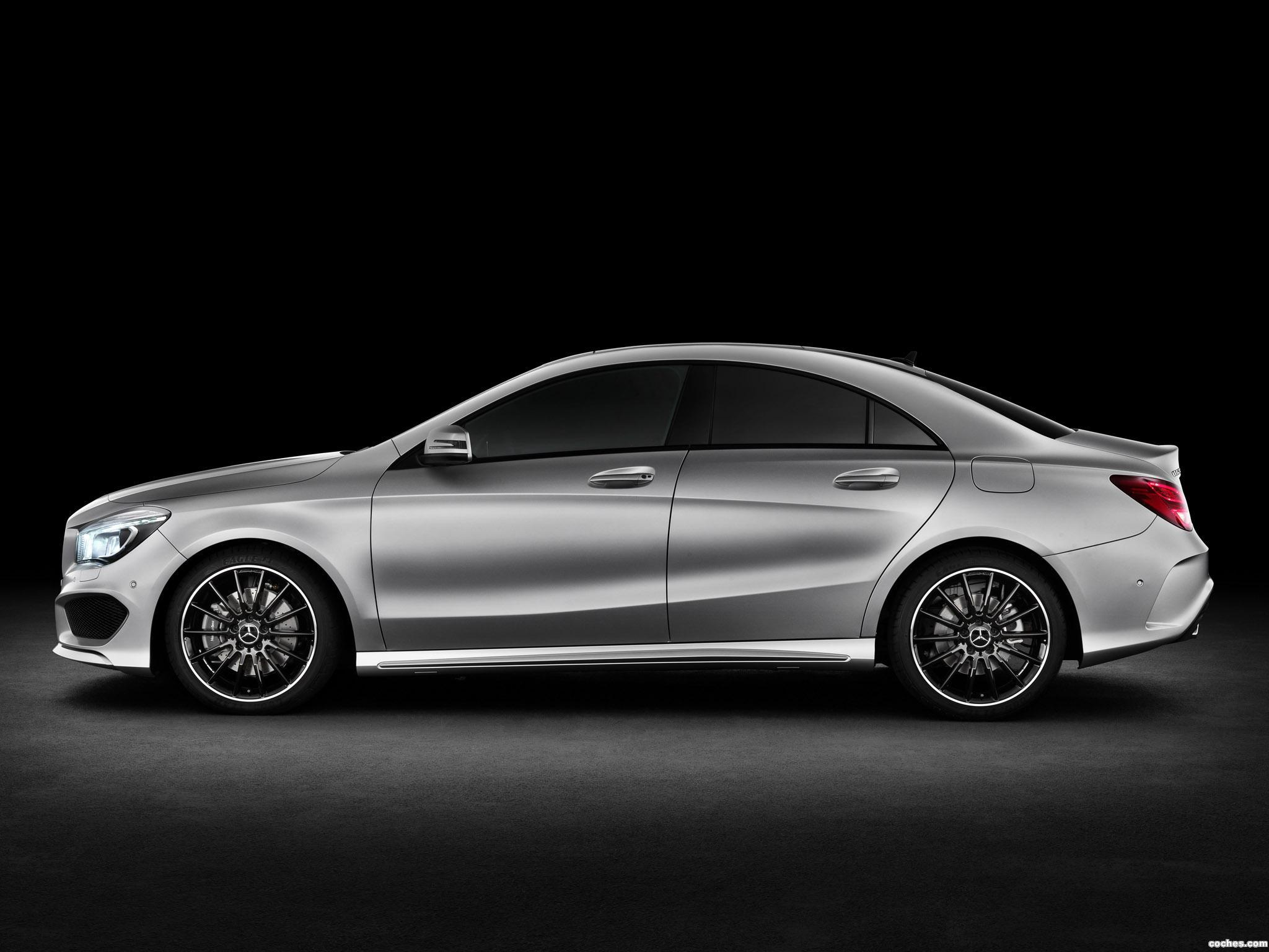 Foto 2 de Mercedes Clase CLA 250 AMG Sports Package Edition 1 C117 2013