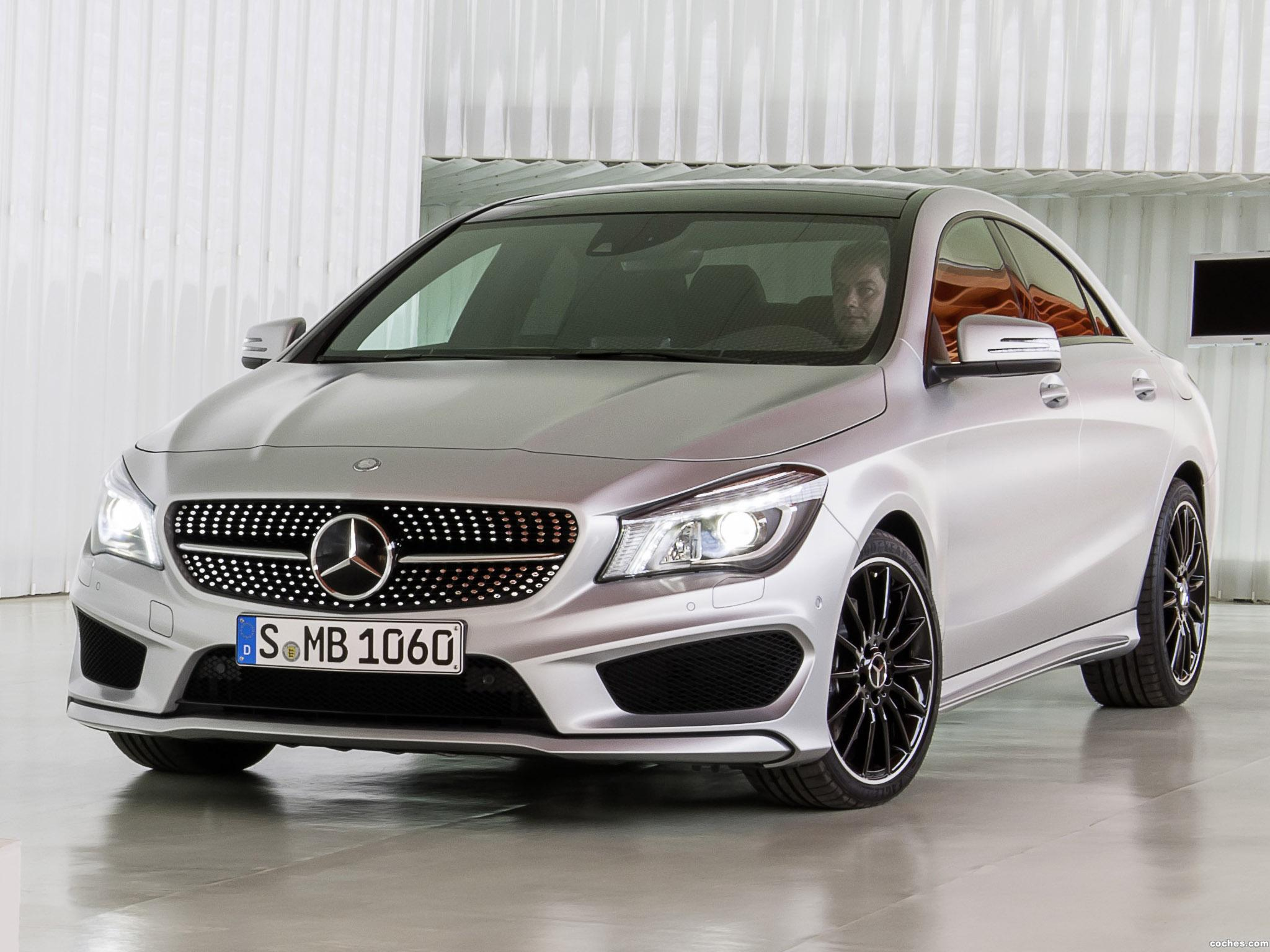 Foto 0 de Mercedes Clase CLA 250 AMG Sports Package Edition 1 C117 2013