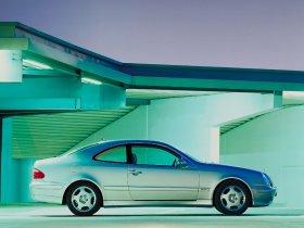 Ver foto 23 de Mercedes CLK 1997