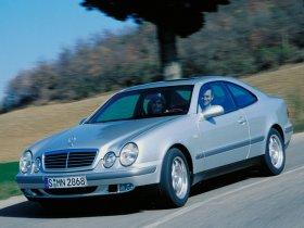 Ver foto 13 de Mercedes CLK 1997
