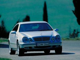 Ver foto 12 de Mercedes CLK 1997