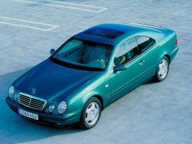 Ver foto 8 de Mercedes CLK 1997