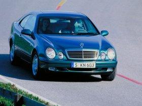 Ver foto 7 de Mercedes CLK 1997