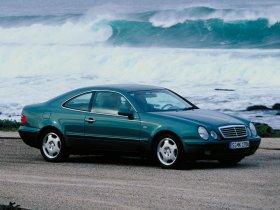 Ver foto 4 de Mercedes CLK 1997