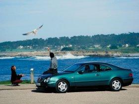 Ver foto 3 de Mercedes CLK 1997
