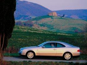 Ver foto 16 de Mercedes CLK 1997