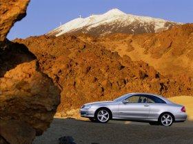 Ver foto 10 de Mercedes CLK 2002