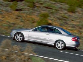 Ver foto 6 de Mercedes CLK 2002