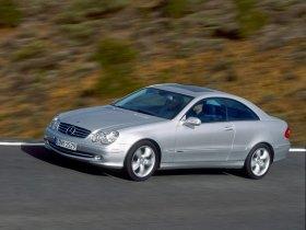 Ver foto 5 de Mercedes CLK 2002