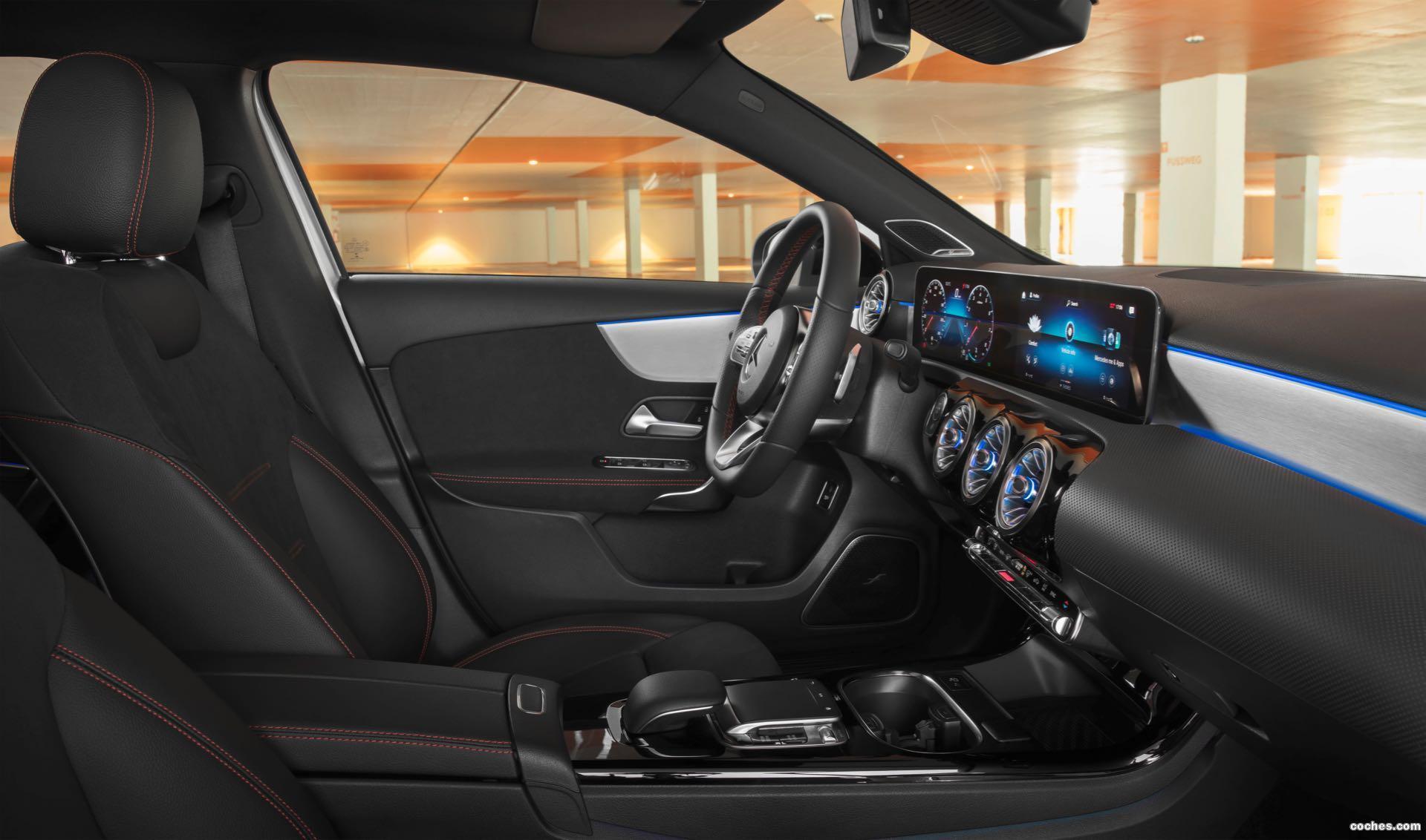 Foto 33 de Mercedes Clase A Sedan AMG Line Black 2019
