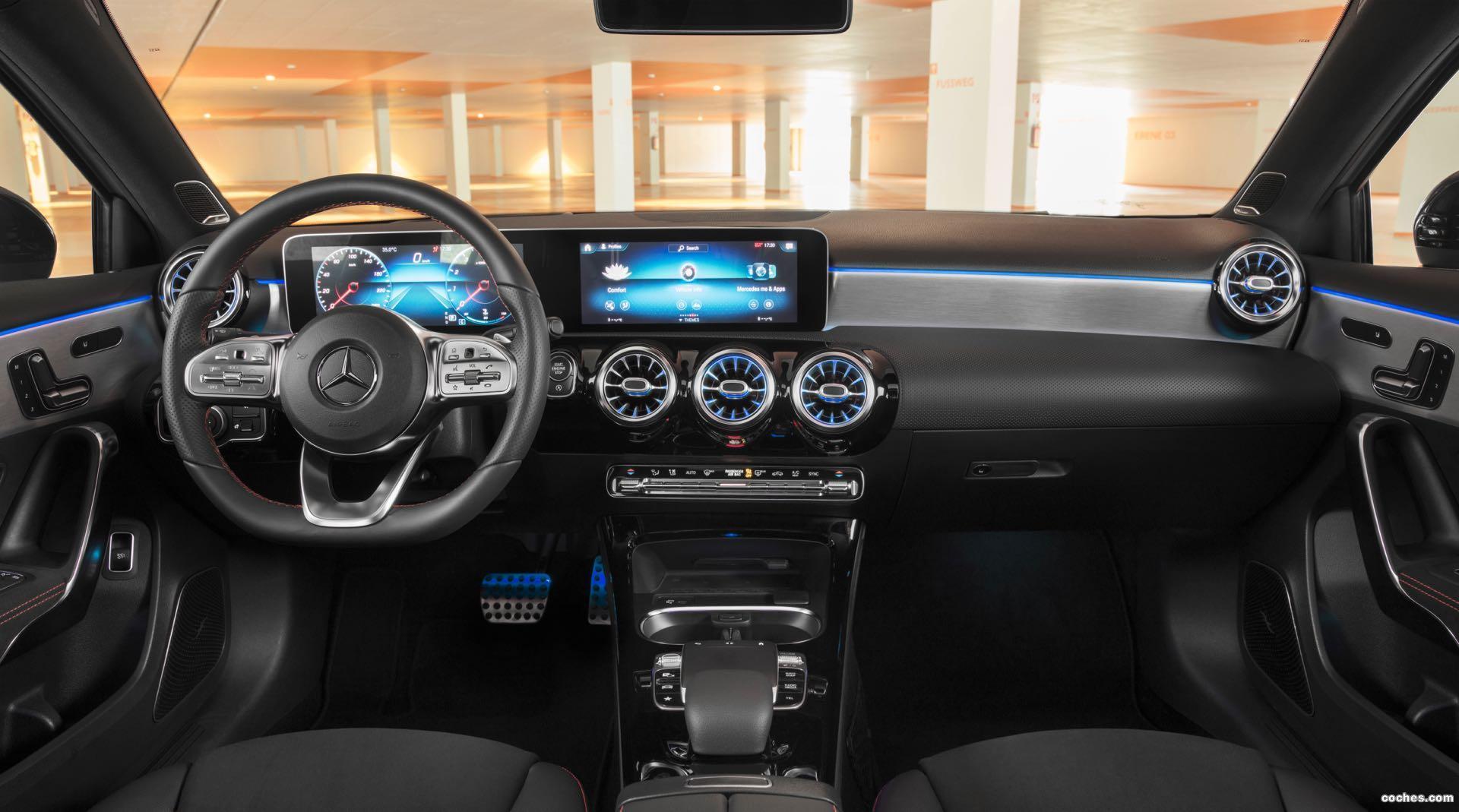 Foto 32 de Mercedes Clase A Sedan AMG Line Black 2019