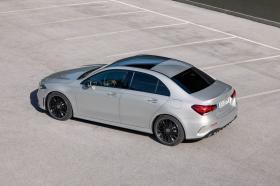 Ver foto 26 de Mercedes Clase A Sedan AMG Line Black 2019