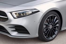 Ver foto 18 de Mercedes Clase A Sedan AMG Line Black 2019