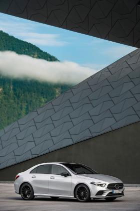 Ver foto 24 de Mercedes Clase A Sedan AMG Line Black 2019